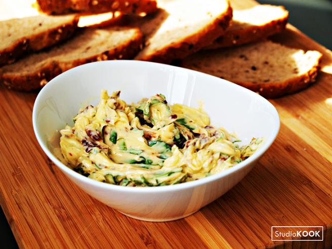 huisgemaakte-kruidenboter-basilicumboter-studiokook-demi-hageman-5-verkleind