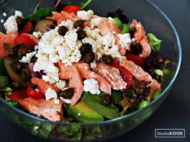 salade-zalm-feta-avocado-stuiodkook-demi-hageman-verkleind