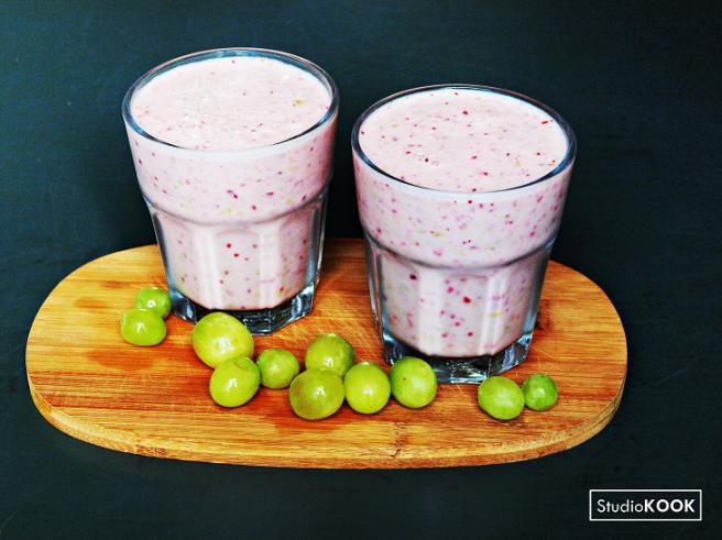 smoothie-witte-druif-en-cranberries-studiokook-demi-hageman-verkleind