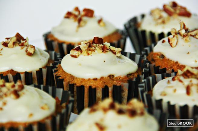 Carrot cupcakes 3 StudioKOOK Demi Hageman verkleind.png