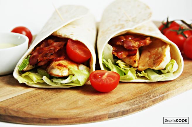 Bacon chicken wrap 5 StudioKOOK Demi Hageman verkleind.png