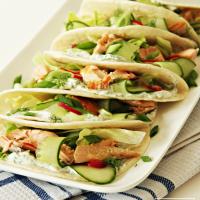 Taco's met zalm en dillesaus